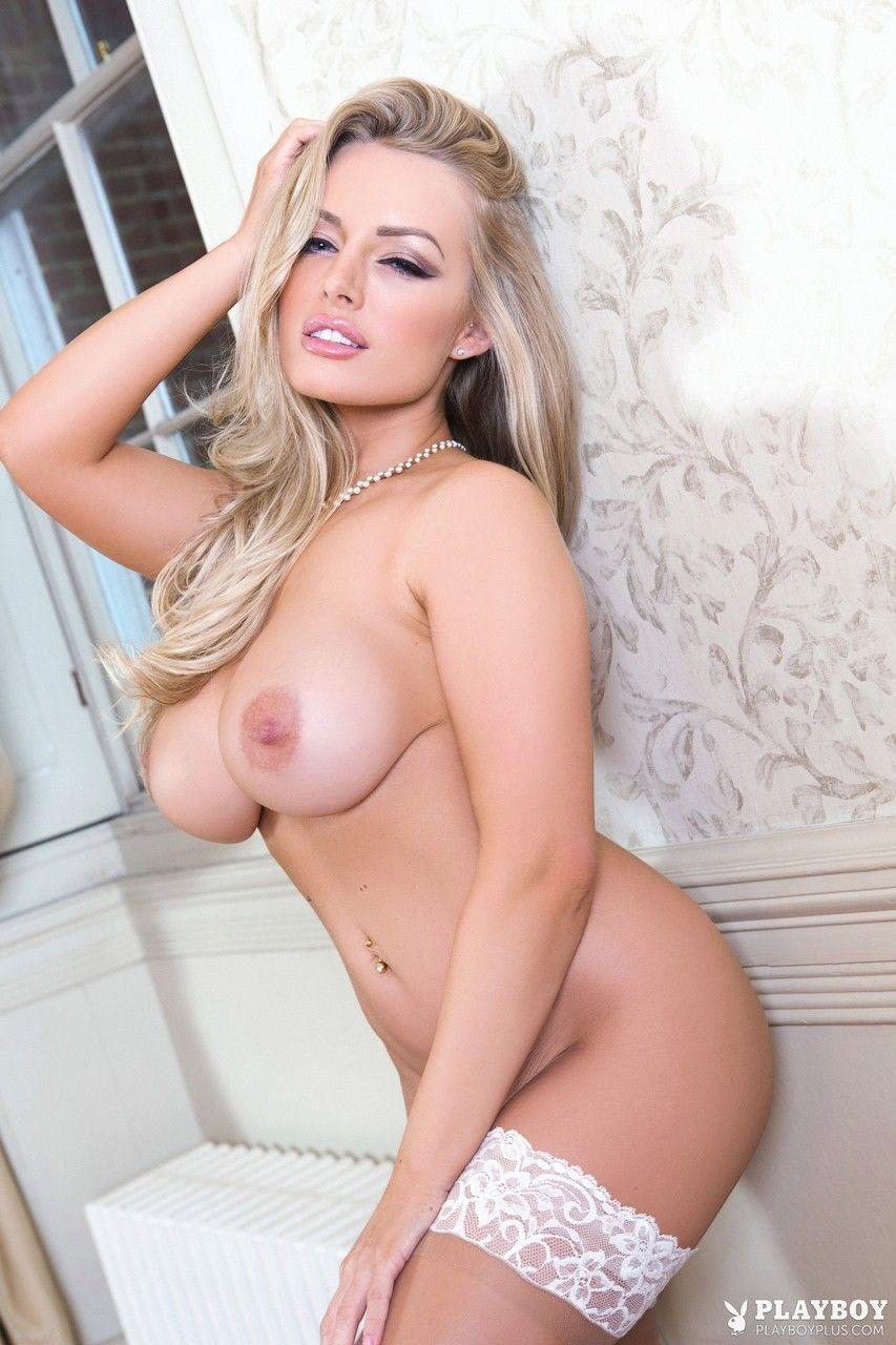 Atriz porno americana mostrando sensualidade em fotos pelada