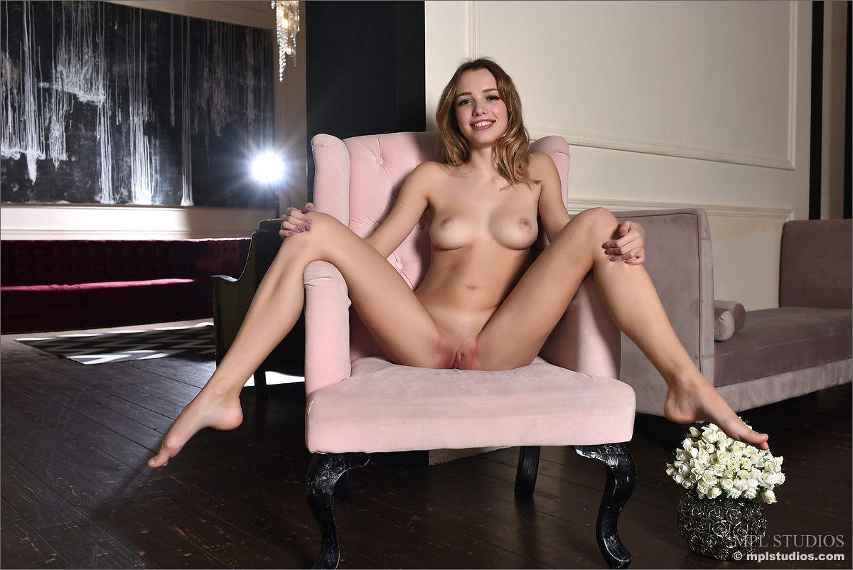 Pornozao tem teste com amante deixando ele louco ficando pelada