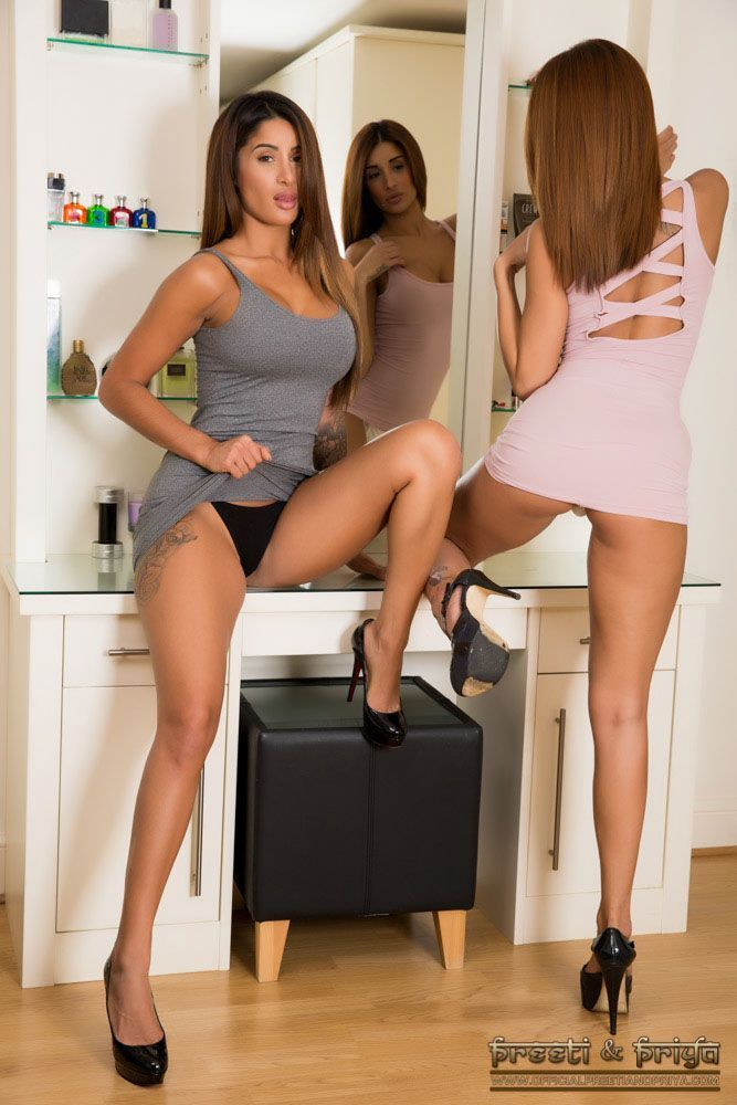 Xxvidio com duas lesbicas deliciosas chupando boquinha durante sexo